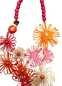 New Flower Power Necklace