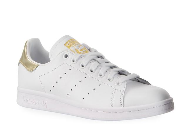 Item - White/Gold Classic Stan Smith Tennis Sneakers Size US 7.5 Regular (M, B)