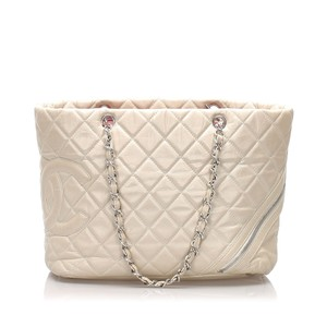 Chanel 0fchto016 Vintage Lambskin Leather Tote in Gray
