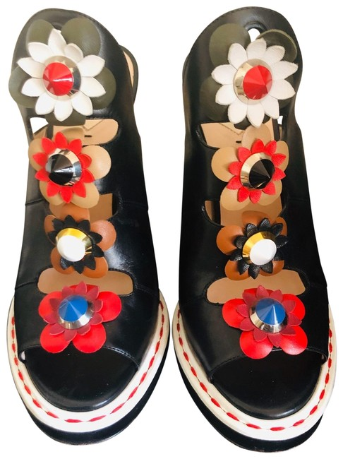 Item - Multi Colored The Is A 41 But Fits For Like A 40 If Your A You Can Fit Them Platforms Size US 9.5 Regular (M, B)