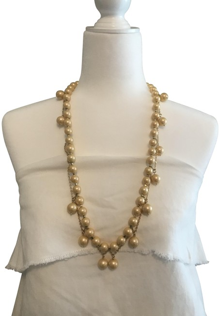 Item - Beige Gold Pearl Necklace