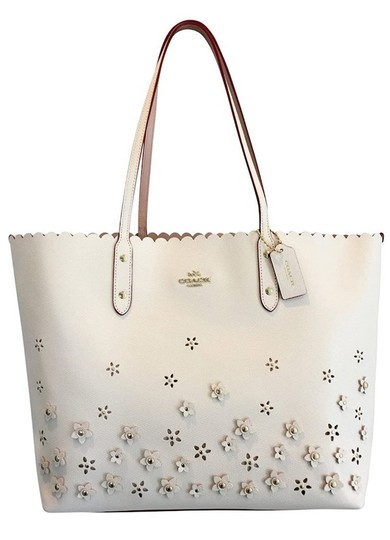 Preload https://img-static.tradesy.com/item/27536375/coach-city-in-floral-applique-f37651-imitation-goldchalk-leather-tote-0-0-540-540.jpg
