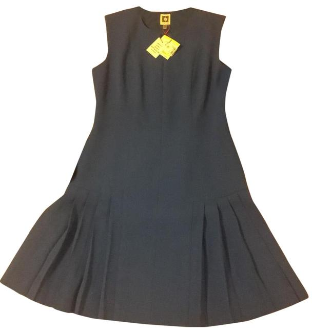 Item - Mid-length Formal Dress Size 4 (S)