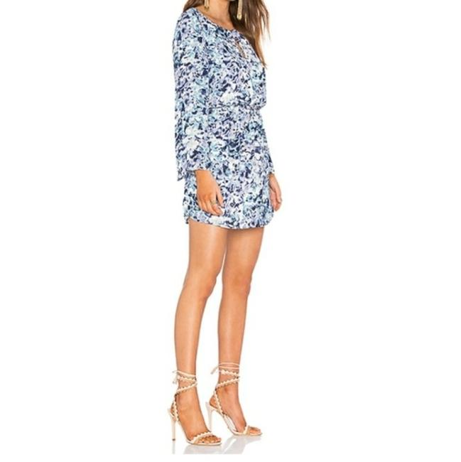 Item - Blue Printed Bell Sleeve Short Night Out Dress Size 12 (L)
