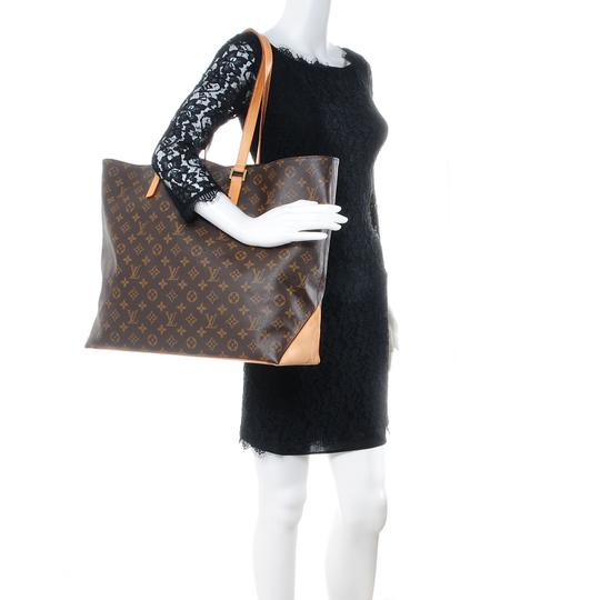 Preload https://img-static.tradesy.com/item/27540697/louis-vuitton-shoulder-bag-cabas-alto-gm-brown-cowhide-leather-tote-0-0-540-540.jpg