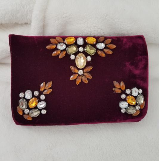 Preload https://img-static.tradesy.com/item/27540751/shiraleah-anthropologie-sala-burgandy-polyester-viscose-silk-clutch-0-1-540-540.jpg
