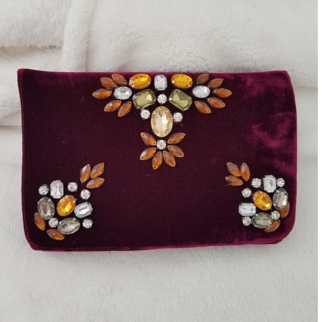 Shiraleah Anthropologie Sala Burgandy Polyester Viscose Silk Clutch Shiraleah Anthropologie Sala Burgandy Polyester Viscose Silk Clutch Image 1