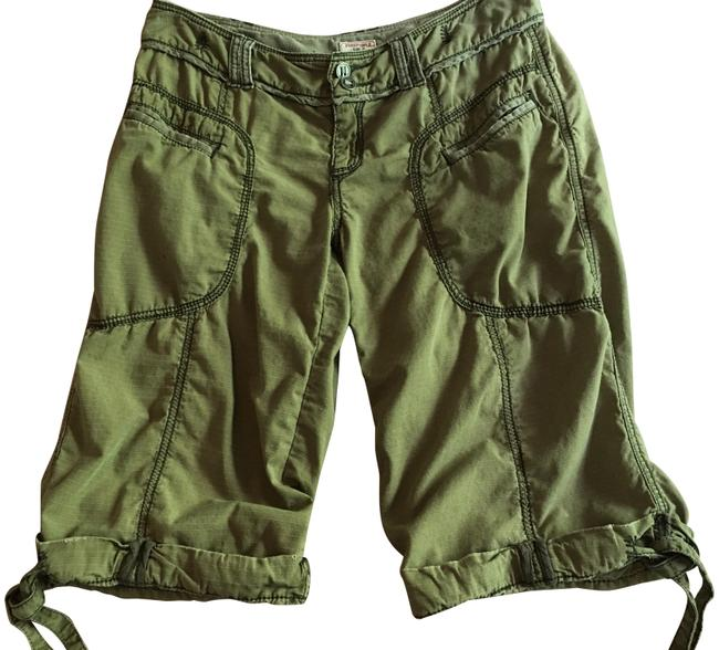 Item - Army Green Unique Cuffed Shorts Size 4 (S, 27)