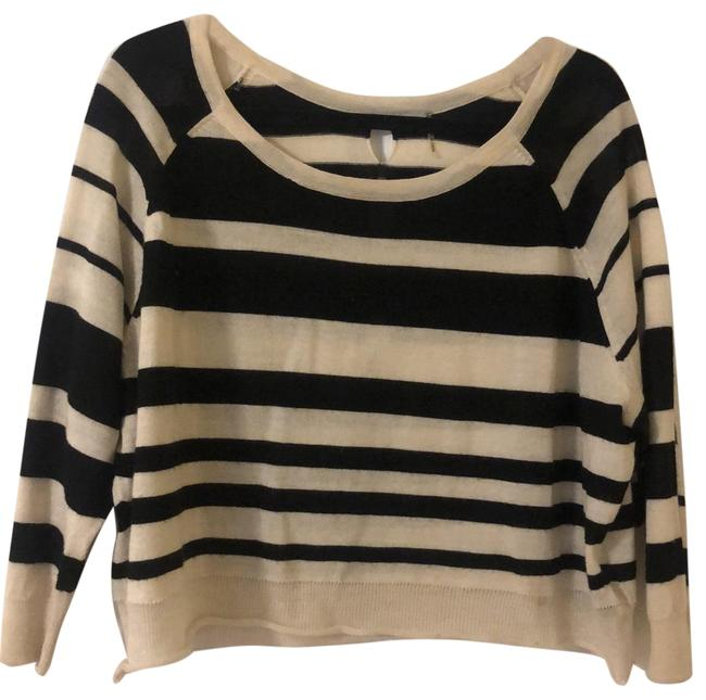 Item - 1396 Black and White Sweater