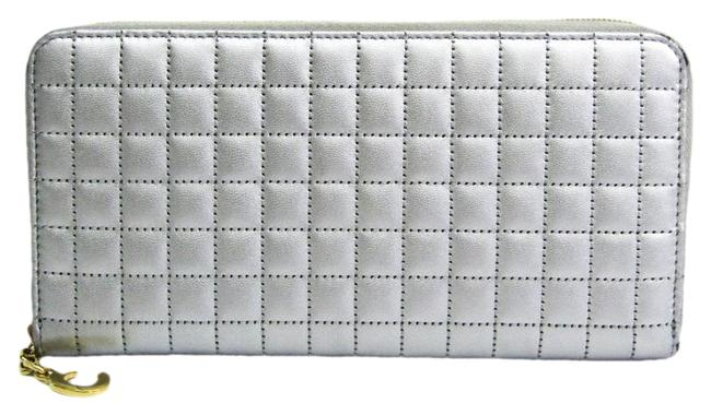 Item - Silver Long Charm Large Zipped Quilting 10b55 3bfr Women's Calfskin (Bi-fold) Wallet