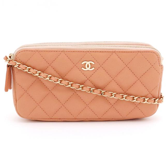 Item - Mattelasse Chain Wallet Shoulder Gold Hardware A82527 Salmon Pink Leather Clutch
