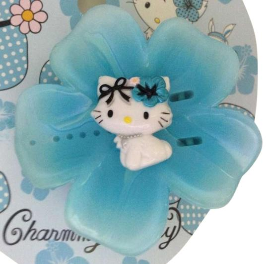 Preload https://item2.tradesy.com/images/hello-kitty-blue-charmmy-in-wonderland-flower-ornament-hair-accessory-275491-0-0.jpg?width=440&height=440