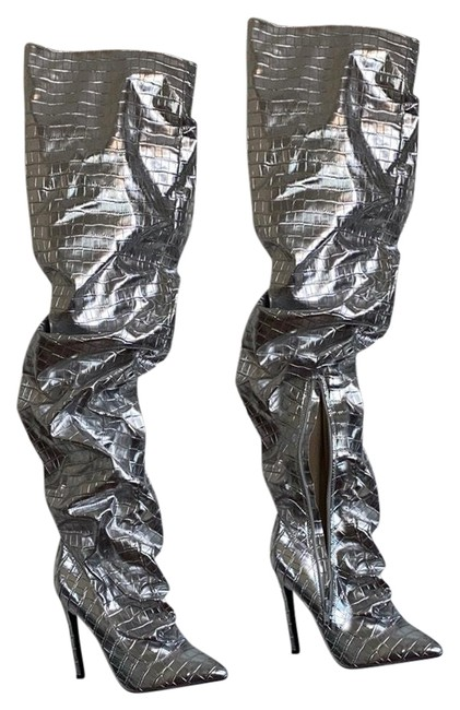 Item - Silver Over Knee Boots/Booties Size US 8 Regular (M, B)