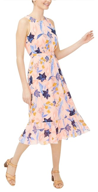 Item - Pink Ivory Crinkle Tiered Midi Floral Poly Fitted Waist Mid-length Cocktail Dress Size 8 (M)