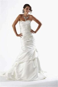 Kirstie Kelly 1202 #1594 Wedding Dress