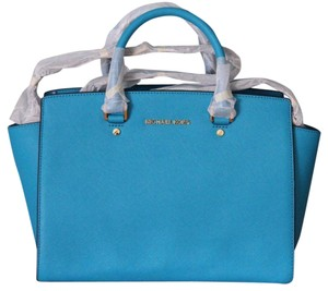 Michael Kors Mk Large Selma Saffiano Leather Hardware Satchel in SUMMER BLUE TURQUOISE/Gold