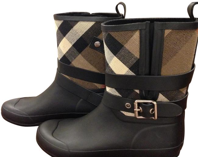 Item - Black Buckle and Strap Detail Check Rain Boots/Booties Boots/Booties Size EU 40 (Approx. US 10) Regular (M, B)