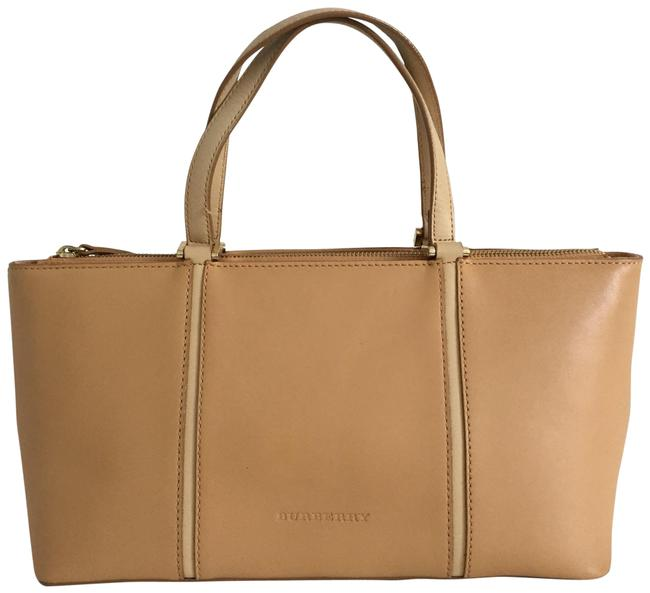 Item - Triple Compartments Brown Leather Tote