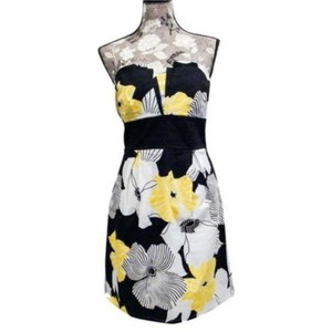 Trixxi short dress Black Yellow on Tradesy