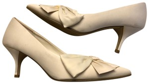 Payless White satin Pumps