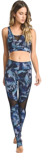 Item - Blue L Ap1667 Ocean Mesh Yoga with Stirrups Activewear Bottoms Size 12 (L, 32, 33)