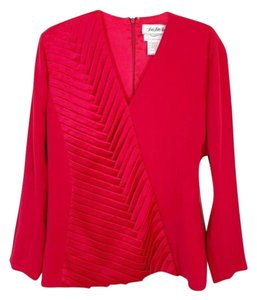 Daymor Couture Vintage Top Red