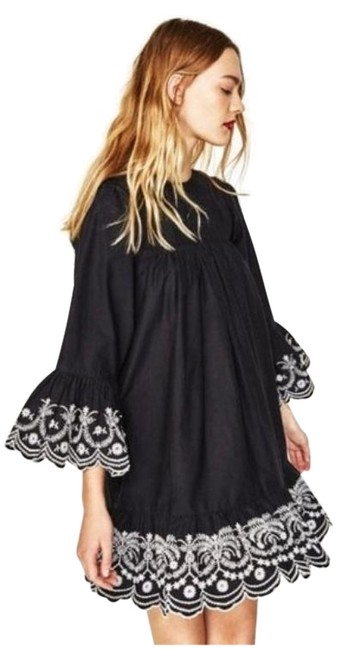 Item - Black White Loose-fit with Contrasting Embroidery Short Casual Dress Size 4 (S)