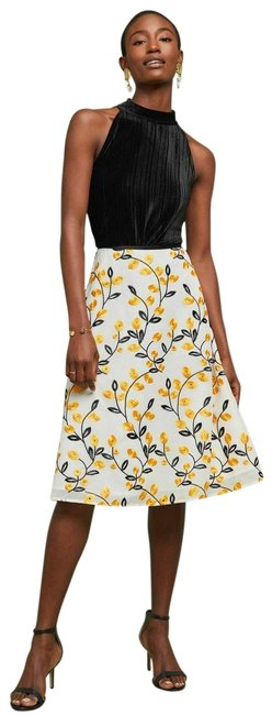 Item - New White and Yellow Mignon Doo Rambler Embroidered Midi A-line Skirt Size 6 (S, 28)