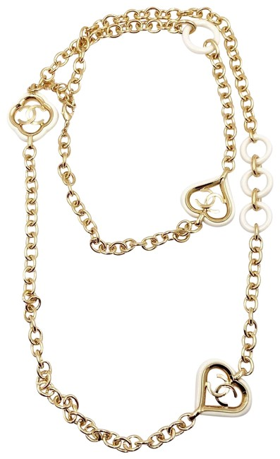 Item - Gold White Cc Heart Chain Long Necklace