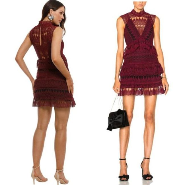 Item - Red and Black Teardrop Guipure Panelled Short Formal Dress Size 4 (S)