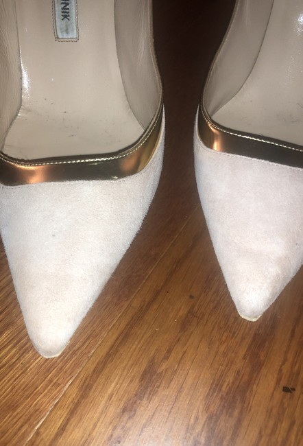 Manolo Blahnik Nude with Gold Accents Suede Bbs Trim Pumps