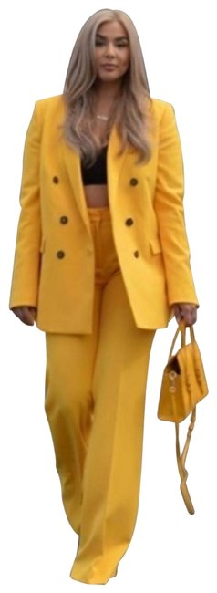 Item - Yellow W Blazers Buttons + Pant Suit Size 2 (XS)