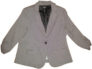 Soho Apparel Ltd. Black/White Lined Button Front 3/4 Cinched Sleeve Black/White Blazer