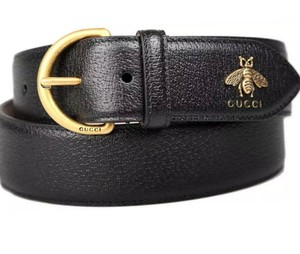 Gucci NEW GUCCI MEN'S BLACK GRAINED LEATHER METAL BEE DETAIL D RING BELT 95/38