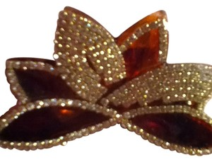 Other sparkly hair clip