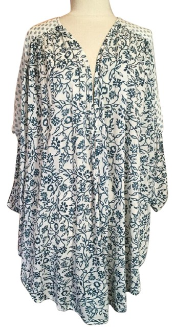 Item - Green and White Kimono Open Front Floral Jacket Size 6 (S)