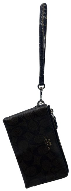 Item - Zipper Dark Brown Leather Wristlet