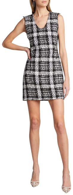 Item - Black White Sculpted U-neck Sheath Tweed Short Work/Office Dress Size 10 (M)