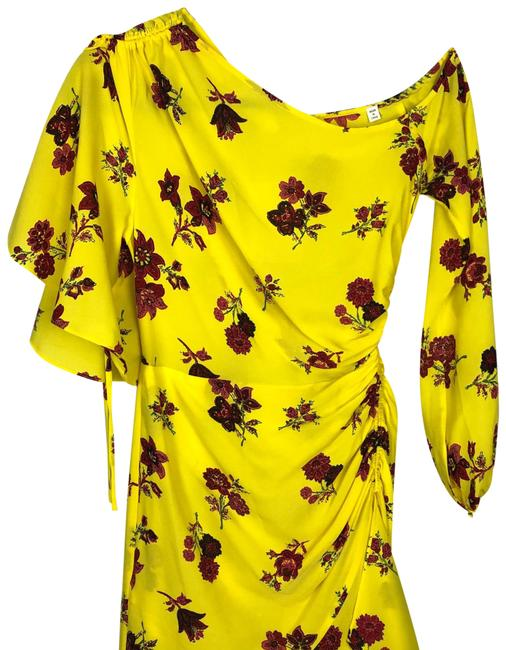 Item - Yellow Florence Mid-length Formal Dress Size 0 (XS)