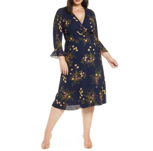 Preload https://img-static.tradesy.com/item/27585195/reformation-blue-mulberry-floral-print-wrap-mid-length-short-casual-dress-size-20-plus-1x-0-0-650-650.jpg