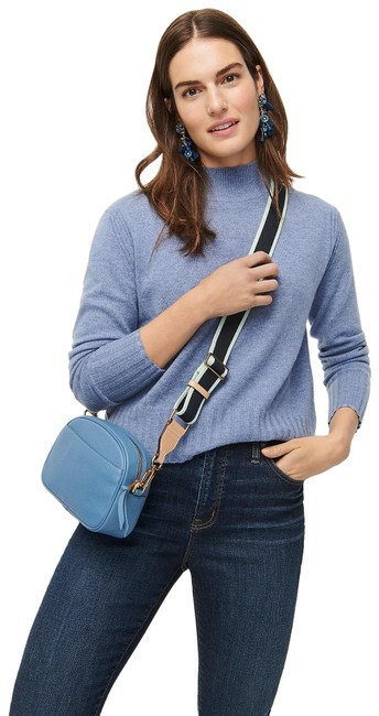 Preload https://img-static.tradesy.com/item/27585443/jcrew-cashmere-mockneck-heather-river-sweater-0-1-650-650.jpg
