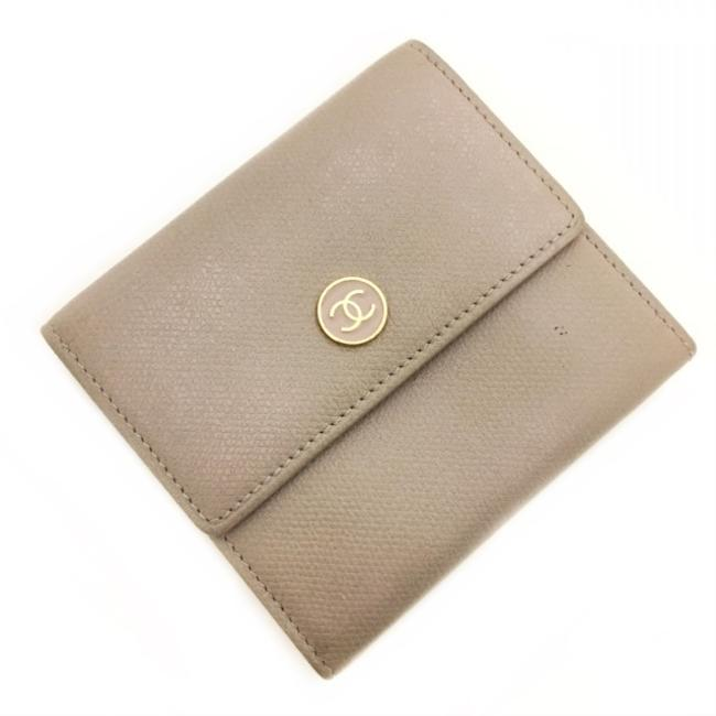 Item - Beige Coco Button 9th Series Tri-fold Leather Coco Folding Vintage Antique All Scenes Wallet