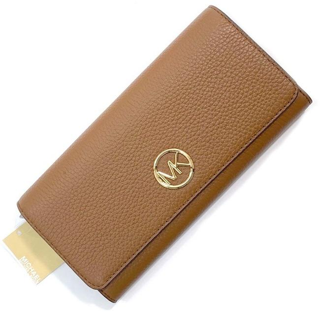Item - Brown / Camel Continental 35h8gfte1l Short Bi-fold Luggage Leather Ladies Wallet
