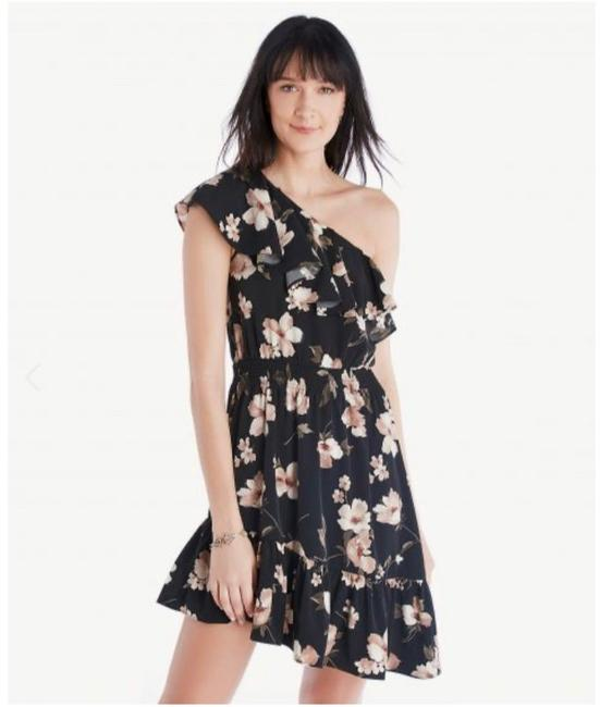 Item - Black with Pink Flowers One Shoulder Ruffle Short Cocktail Dress Size 8 (M)