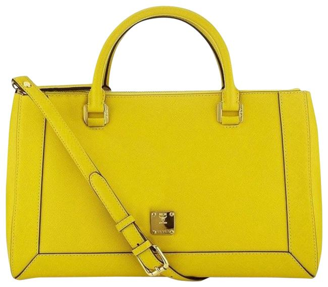 Item - Tote Large Nuovo Yellow Saffiano Leather Shoulder Bag