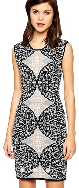Item - Black White Jacquard Multi Jose Bodycon In Knitted Short Night Out Dress Size 4 (S)