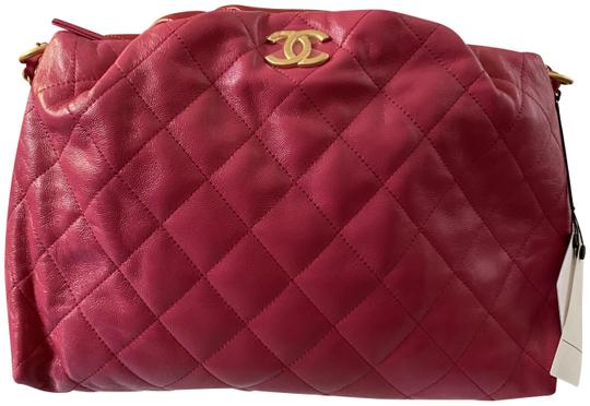 Preload https://img-static.tradesy.com/item/27592419/chanel-classic-flap-shoulder-new-coco-shelter-bowling-pink-red-calfskin-leather-cross-body-bag-0-1-540-540.jpg