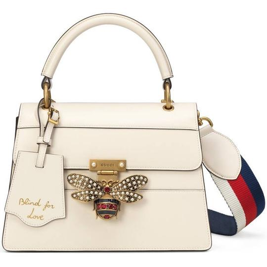 Preload https://img-static.tradesy.com/item/27593795/gucci-top-handle-bag-new-queen-margaret-small-in-new-white-leather-baguette-0-2-540-540.jpg