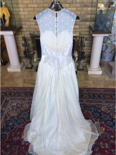 Item - White / Champagne Lace / Silk Traditional Wedding Dress Size 8 (M)
