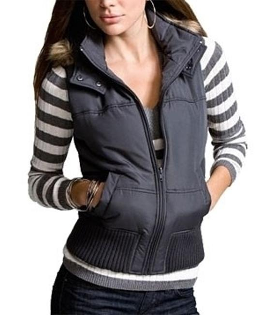 Preload https://item2.tradesy.com/images/express-dark-metal-puffer-vest-size-4-s-27596-0-0.jpg?width=400&height=650